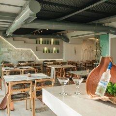 Отель Blue Carpet Luxury Suites Греция, Ханиотис - отзывы, цены и фото номеров - забронировать отель Blue Carpet Luxury Suites онлайн питание