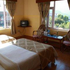 Отель Fairmount Hotel Непал, Покхара - отзывы, цены и фото номеров - забронировать отель Fairmount Hotel онлайн комната для гостей фото 3
