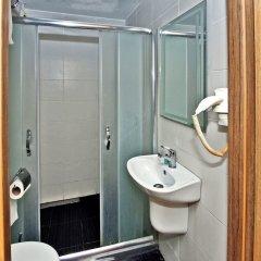 The Queen Hotel ванная