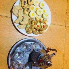 Отель Sahara Sabaku Tour Camp Марокко, Мерзуга - отзывы, цены и фото номеров - забронировать отель Sahara Sabaku Tour Camp онлайн питание