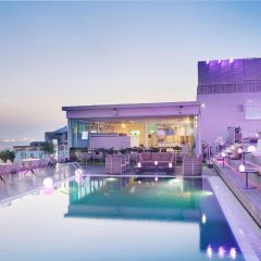 Отель Melia Dubai бассейн