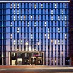 Отель ONE80° Hostels Berlin Германия, Берлин - - забронировать отель ONE80° Hostels Berlin, цены и фото номеров вид на фасад фото 2