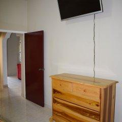 Отель Cozy Comfort Inn удобства в номере