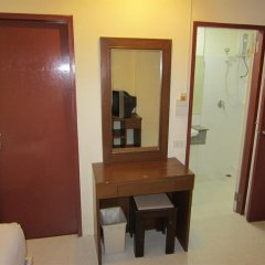 18 Coins Cafe & Hostel фото 6