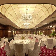 Отель Taj 51 Buckingham Gate, Suites and Residences