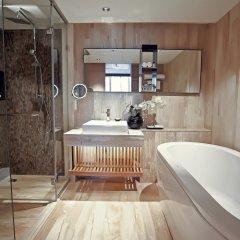 Отель Arcadia Suites Bangkok Бангкок ванная