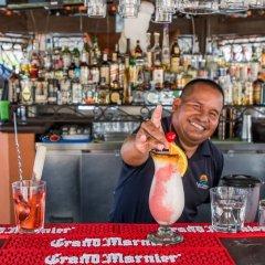 Отель Spacious Villa + Pool + Gym Кабо-Сан-Лукас гостиничный бар