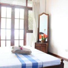 Отель Thusare House Шри-Ланка, Коломбо - отзывы, цены и фото номеров - забронировать отель Thusare House онлайн комната для гостей фото 2