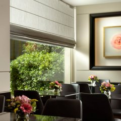 Отель Holiday Suites Афины интерьер отеля