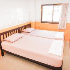 Отель At Home Guest House Бангкок комната для гостей фото 2
