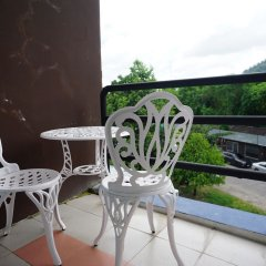 Phuthara Hostel балкон