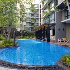 Отель At Mind Serviced Residence Таиланд, Паттайя - 1 отзыв об отеле, цены и фото номеров - забронировать отель At Mind Serviced Residence онлайн бассейн