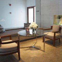 Отель Woodlands Suites Serviced Residences комната для гостей