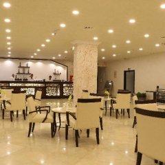 Отель Grand East Hotel - Resort & Spa Dead Sea Иордания, Сваймех - отзывы, цены и фото номеров - забронировать отель Grand East Hotel - Resort & Spa Dead Sea онлайн питание