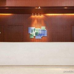 Отель Holiday Inn Express Shenzhen Luohu Китай, Шэньчжэнь - отзывы, цены и фото номеров - забронировать отель Holiday Inn Express Shenzhen Luohu онлайн интерьер отеля фото 3