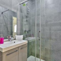 Отель 05 - Designed Parisian Flat ванная