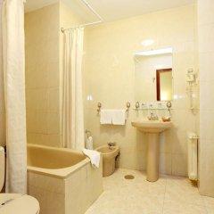 Отель Hostal Macarena ванная
