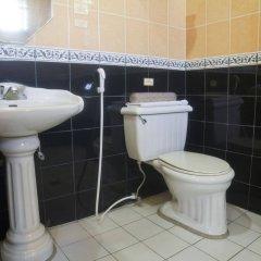 Отель Miramar Hotel Филиппины, Манила - отзывы, цены и фото номеров - забронировать отель Miramar Hotel онлайн ванная