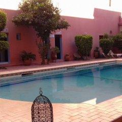 Отель Zaghro Марокко, Уарзазат - отзывы, цены и фото номеров - забронировать отель Zaghro онлайн бассейн
