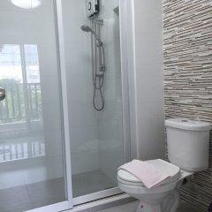 Отель Condo Ratchapruek By Lyn Бангкок ванная фото 2