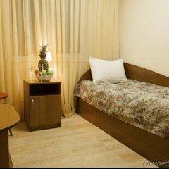 Отель Амрита Экспресс Челябинск комната для гостей фото 5