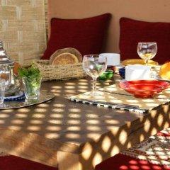 Отель Riad Azenzer питание фото 3