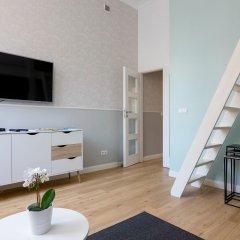 Апартаменты Adele Old Town Apartment Варшава комната для гостей фото 5