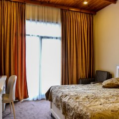 Отель East Legend Panorama сейф в номере