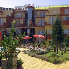 Отель Sunny Болгария, Созополь - отзывы, цены и фото номеров - забронировать отель Sunny онлайн вид на фасад