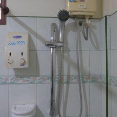 Отель Forum House Таиланд, Краби - отзывы, цены и фото номеров - забронировать отель Forum House онлайн ванная фото 2