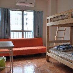 Tsubame Guesthouse – Hostel Токио комната для гостей