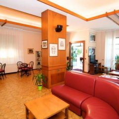 Hotel Velus Чивитанова-Марке интерьер отеля фото 3