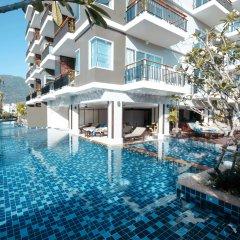 Отель Andakira Hotel Таиланд, Пхукет - отзывы, цены и фото номеров - забронировать отель Andakira Hotel онлайн бассейн фото 3