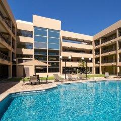 Отель Araiza Hermosillo Мексика, Эрмосильо - отзывы, цены и фото номеров - забронировать отель Araiza Hermosillo онлайн бассейн фото 2