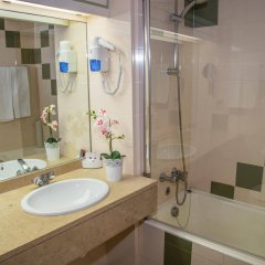 Luna Hotel Da Oura Албуфейра ванная