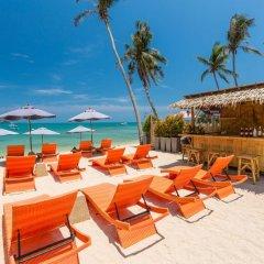 Отель Bandara Phuket Beach Resort пляж