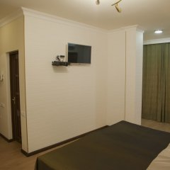 Отель Hin Yerevantsi комната для гостей фото 12