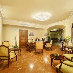 Отель The Dominican Прага спа