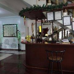 Отель Pere Aristo Guesthouse Филиппины, Мандауэ - отзывы, цены и фото номеров - забронировать отель Pere Aristo Guesthouse онлайн гостиничный бар