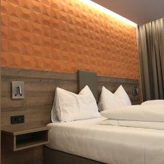 Отель Westside Hotel garni Германия, Мюнхен - отзывы, цены и фото номеров - забронировать отель Westside Hotel garni онлайн сейф в номере