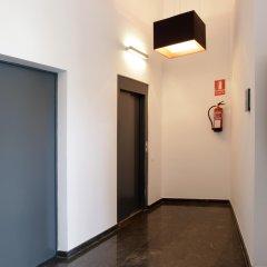 Апартаменты Fisa Rentals Les Corts Apartments интерьер отеля