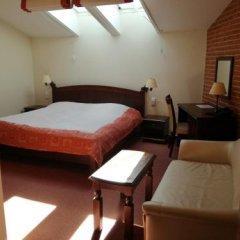Отель Green Gondola Пльзень сейф в номере