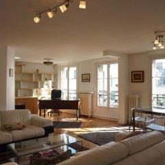 Отель Galeries Lafayette - 2 pièces - Paris 9 Франция, Париж - отзывы, цены и фото номеров - забронировать отель Galeries Lafayette - 2 pièces - Paris 9 онлайн интерьер отеля