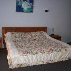Гостиница Приазовье комната для гостей