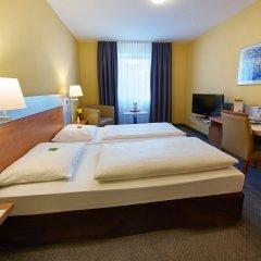GHOTEL hotel & living München-Nymphenburg сейф в номере