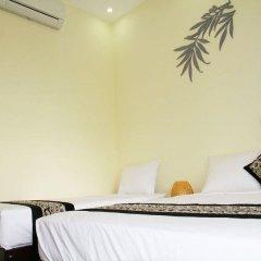 Отель Hoi An Leaf Homestay сейф в номере