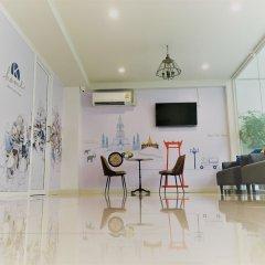 Отель K Home Asok Таиланд, Бангкок - отзывы, цены и фото номеров - забронировать отель K Home Asok онлайн гостиничный бар