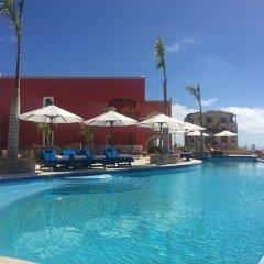Отель Hacienda Encantada Resort & Residences бассейн фото 3