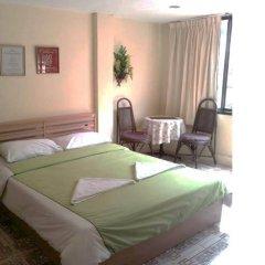 Отель Bayleaves Guesthouse Таиланд, Паттайя - отзывы, цены и фото номеров - забронировать отель Bayleaves Guesthouse онлайн комната для гостей