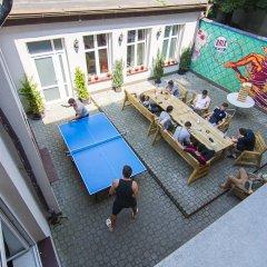 Отель Brix Hostel Чехия, Прага - отзывы, цены и фото номеров - забронировать отель Brix Hostel онлайн балкон